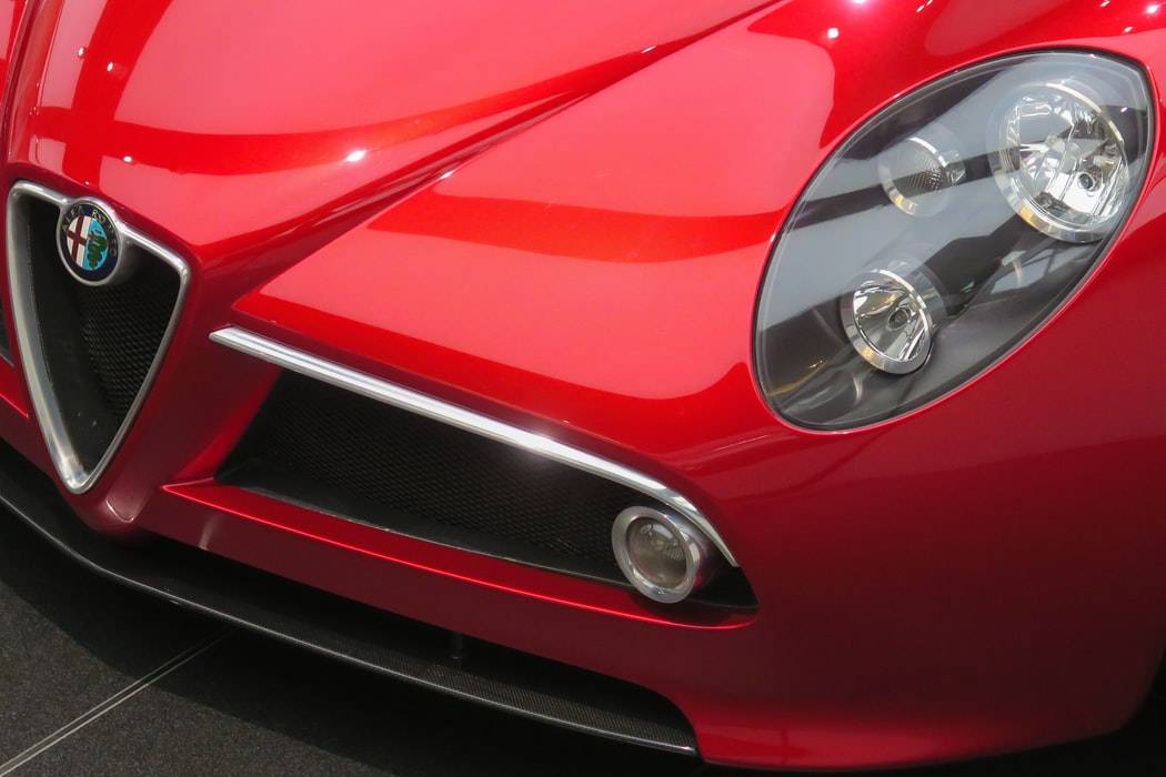 Read Alfa Romeo headlights