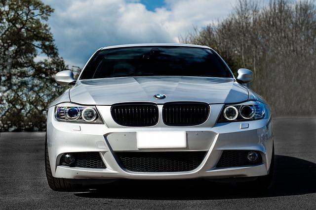 Silver BMW 3 Series