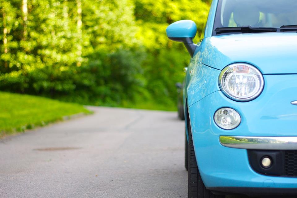 Blue Fiat 500 bumper