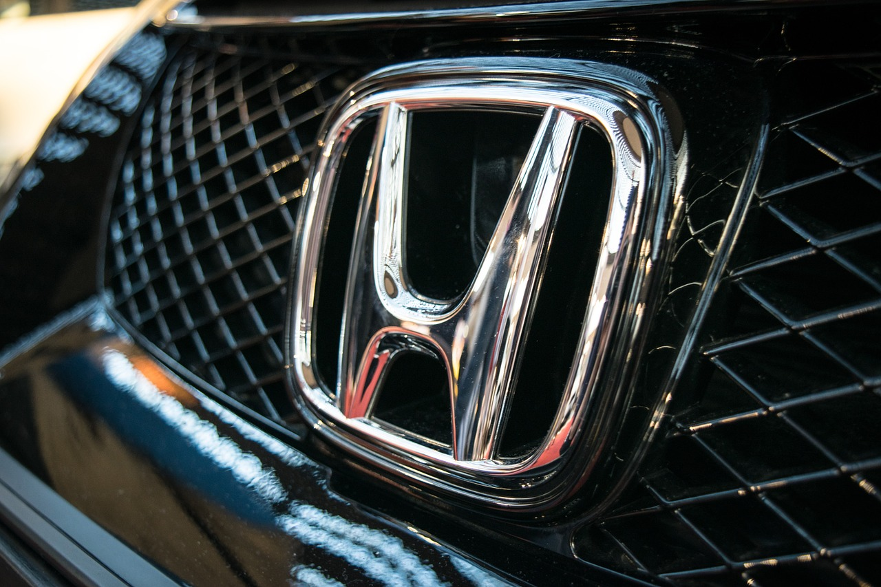 Honda car badge