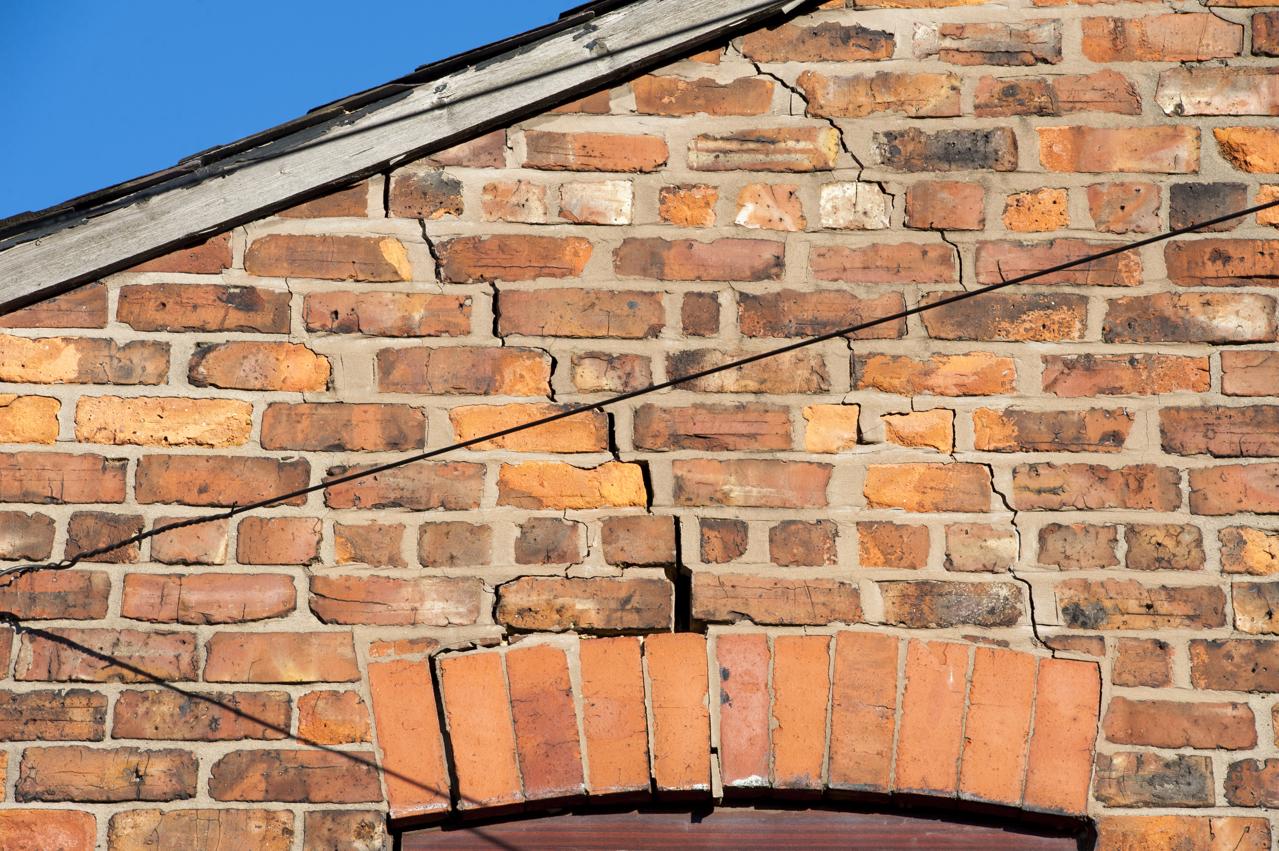 Subsidence How To Spot It And Heatwave Risks Ageas